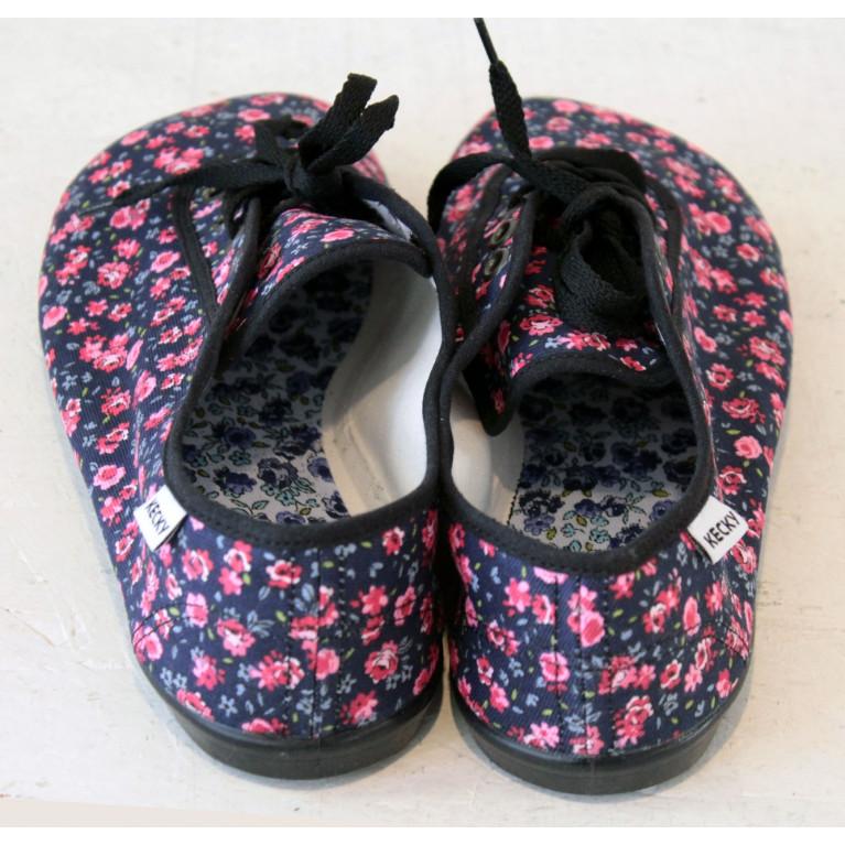 Barefoot 1930 vínové květiny